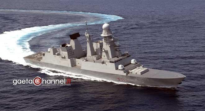 La super nave da guerra andrea doria nel porto di gaeta for Andrea doria nave da guerra